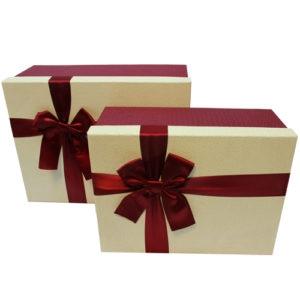 Коробка с бантом