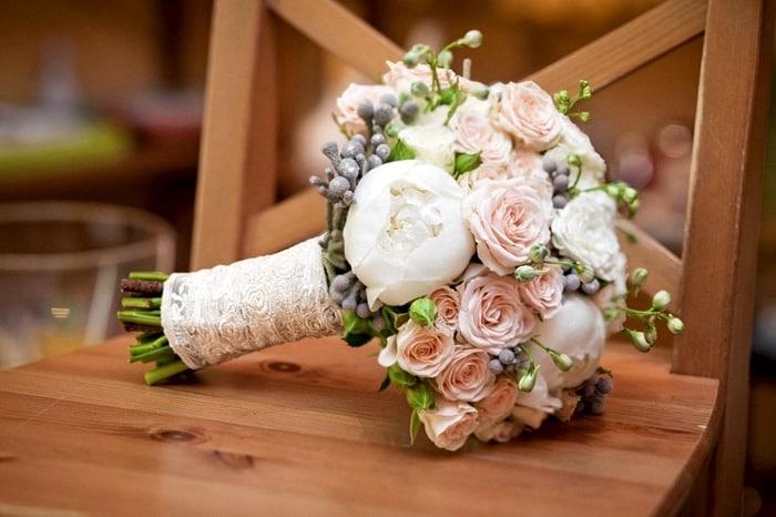modnye bukety na svadbu